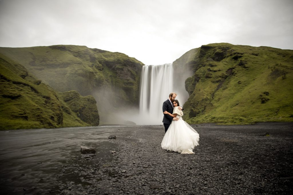 skogafoss wedding photos